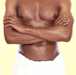 Erkek memelerinde meydana gelen en yaygın durumlar hangileridir ?