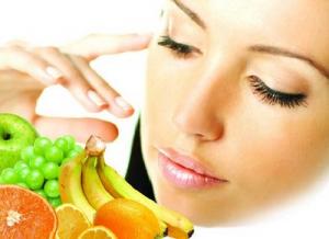 Cildi beslemek ve canlandırmak için maskeler hakkında temel bilgiler