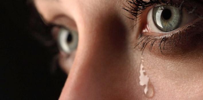 Gözyaşı kanalı darlığı tıkanıklığı ve sulanma