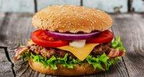 Hamburgerin 1 saatte vücudumuzda meydana getirdiği değişiklikler!